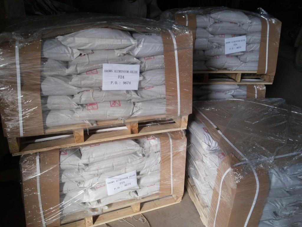 25kg Wooven Plastic Bag+Wood Pallet